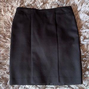 Halogen seamed skirt - Excellent condition!